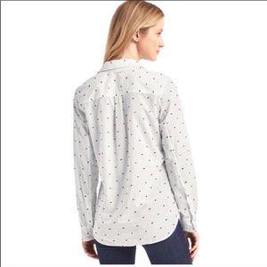 GAP Tops - Gap embroidered polka dots button down shirt